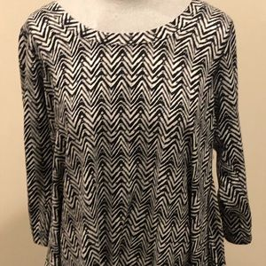 Black and White size L scoop neck top